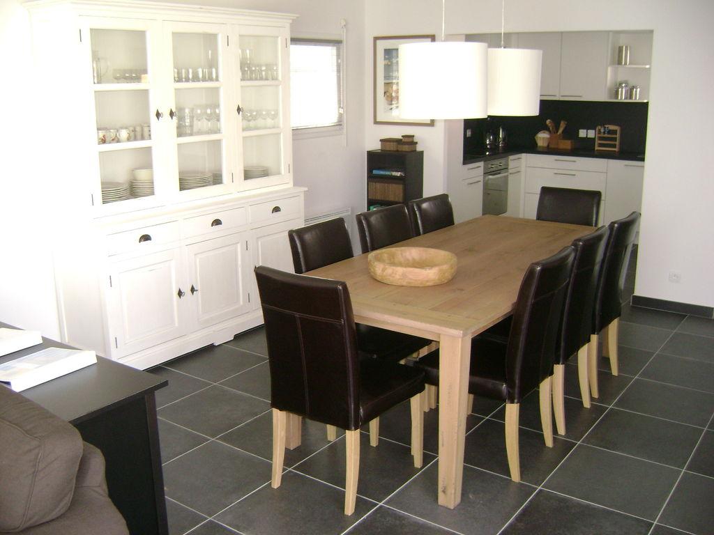 Ferienhaus Luxuriöse Villa mit Geschirrspüler, nur 800 m zum Meer (1029731), Château d'olonne, Atlantikküste Vendée, Pays de la Loire, Frankreich, Bild 16