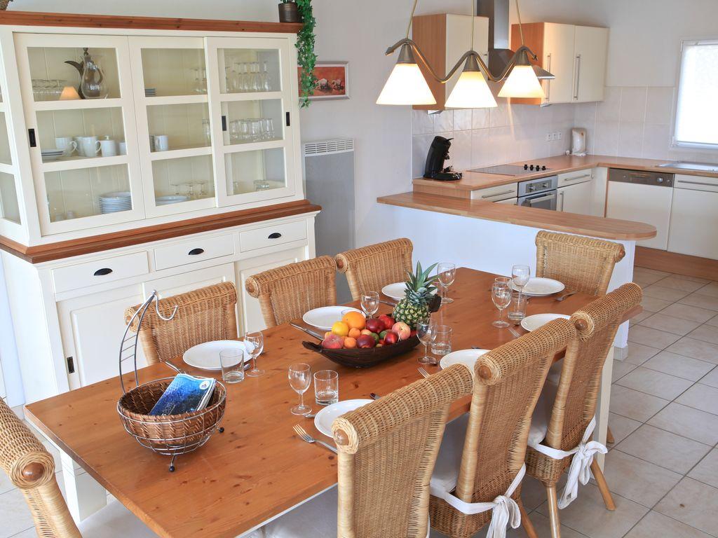 Ferienhaus Luxuriöse Villa mit Geschirrspüler, nur 800 m zum Meer (1029731), Château d'olonne, Atlantikküste Vendée, Pays de la Loire, Frankreich, Bild 17