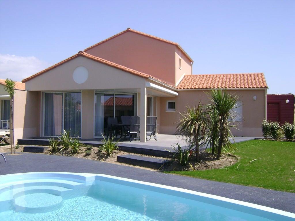 Ferienhaus Luxuriöse Villa mit Geschirrspüler, nur 800 m zum Meer (1029731), Château d'olonne, Atlantikküste Vendée, Pays de la Loire, Frankreich, Bild 3