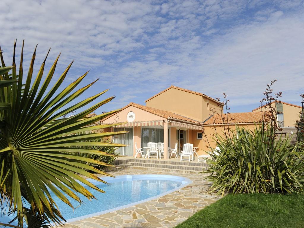 Ferienhaus Luxuriöse Villa mit Geschirrspüler, nur 800 m zum Meer (1029731), Château d'olonne, Atlantikküste Vendée, Pays de la Loire, Frankreich, Bild 5