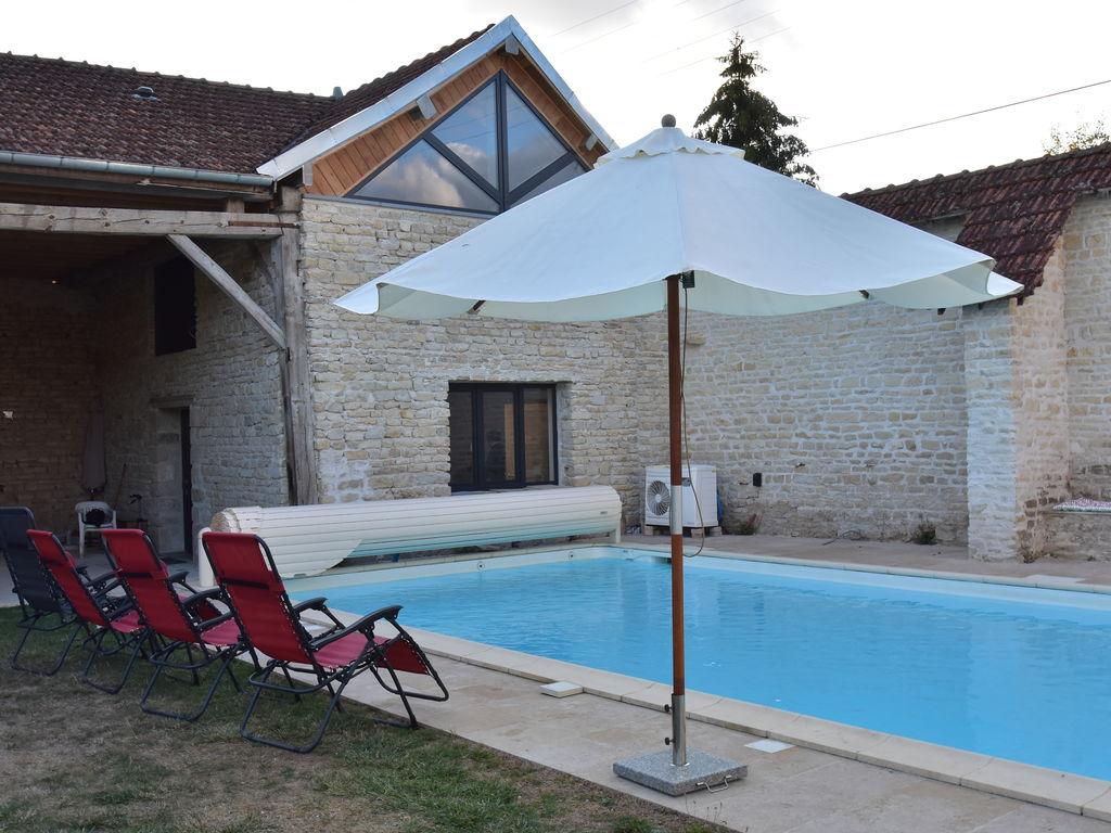 Ferienhaus Authentisches, renoviertes Landhaus mit privatem beheiztem Pool (1379441), Laignes, Côte d'Or, Burgund, Frankreich, Bild 6