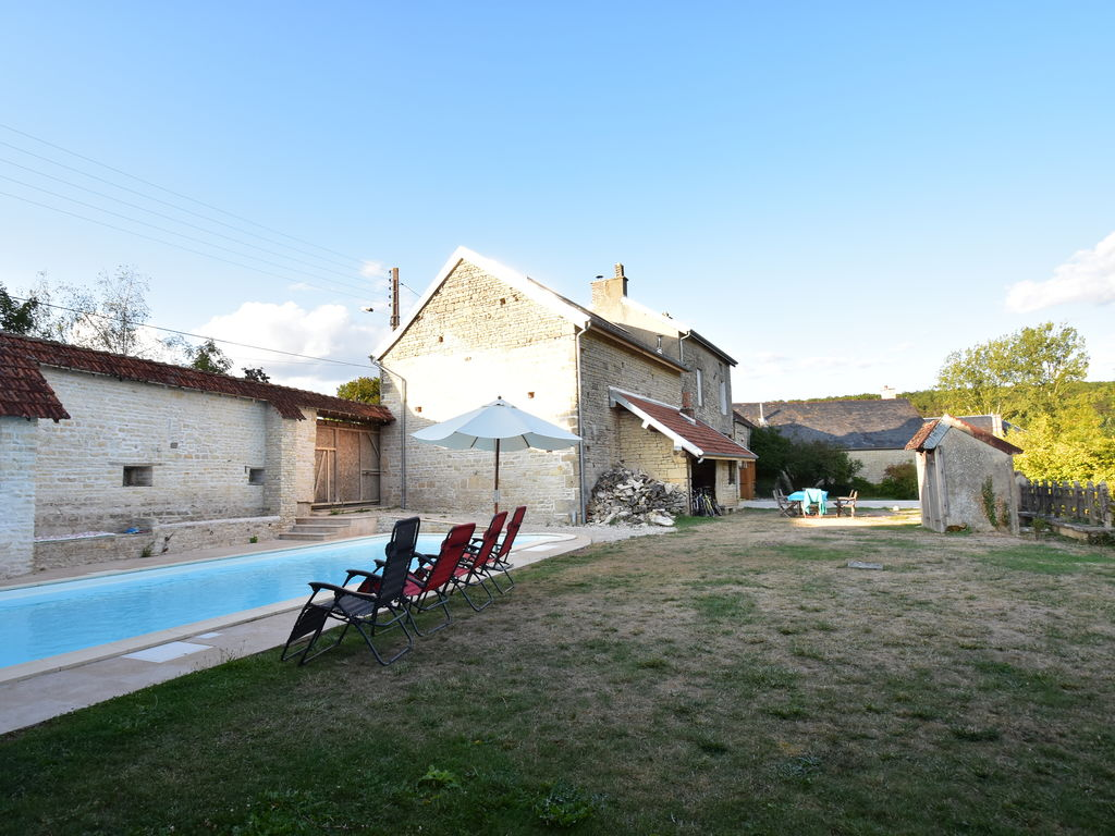 Ferienhaus Authentisches, renoviertes Landhaus mit privatem beheiztem Pool (1379441), Laignes, Côte d'Or, Burgund, Frankreich, Bild 3