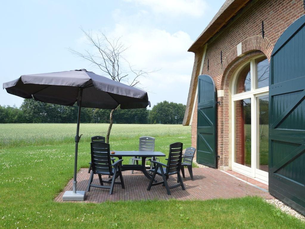 Ferienhaus Exquisites Ferienhaus in Geesteren mit Terrasse (1038717), Kulsdom, Achterhoek, Gelderland, Niederlande, Bild 17