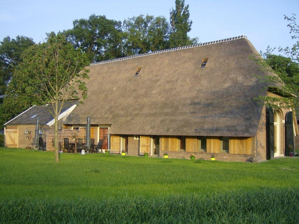 Ferienhaus Exquisites Ferienhaus in Geesteren mit Terrasse (1038717), Kulsdom, Achterhoek, Gelderland, Niederlande, Bild 3