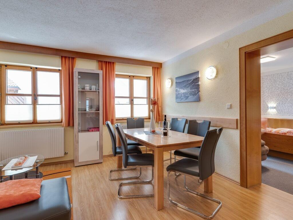 Ferienwohnung Lebhaftes Appartement in der Nähe eines Skigebiets in Fiss (1083067), Fiss, Serfaus-Fiss-Ladis, Tirol, Österreich, Bild 7