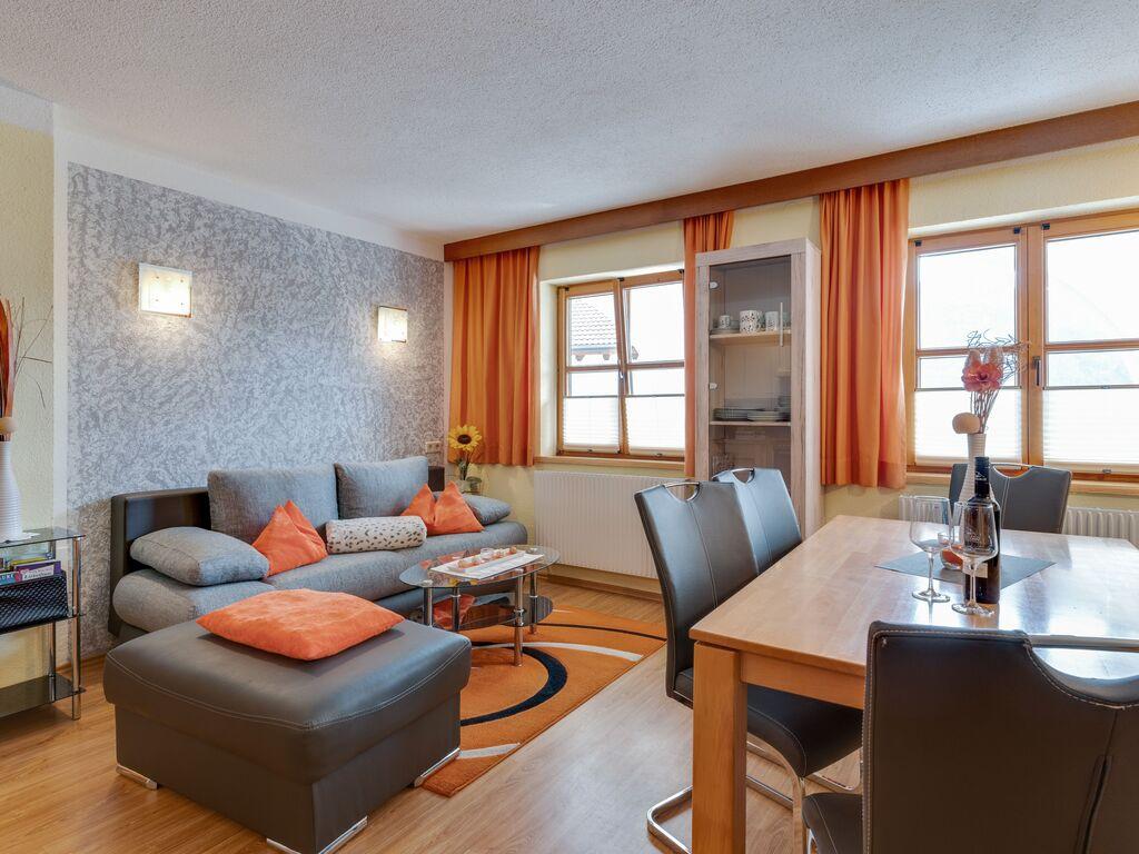 Ferienwohnung Lebhaftes Appartement in der Nähe eines Skigebiets in Fiss (1083067), Fiss, Serfaus-Fiss-Ladis, Tirol, Österreich, Bild 8