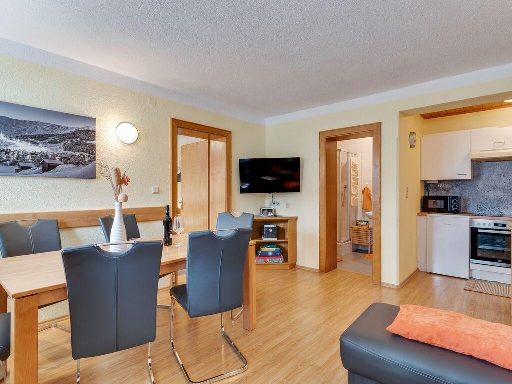 Ferienwohnung Lebhaftes Appartement in der Nähe eines Skigebiets in Fiss (1083067), Fiss, Serfaus-Fiss-Ladis, Tirol, Österreich, Bild 13