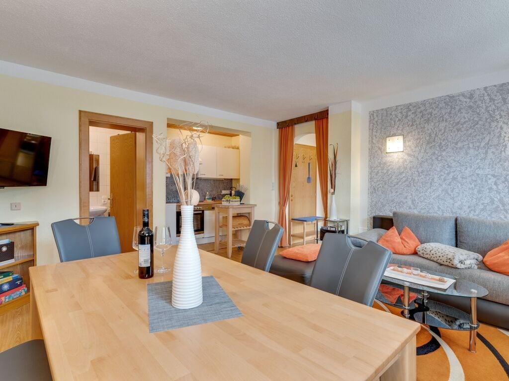 Ferienwohnung Lebhaftes Appartement in der Nähe eines Skigebiets in Fiss (1083067), Fiss, Serfaus-Fiss-Ladis, Tirol, Österreich, Bild 12