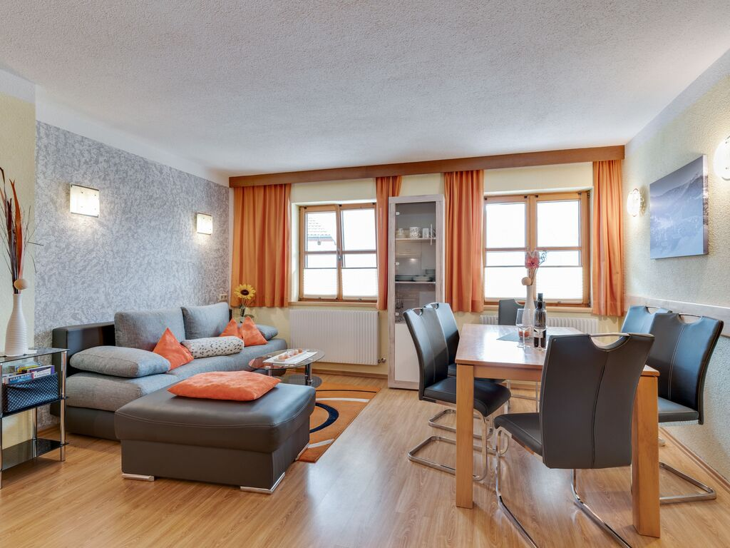 Ferienwohnung Lebhaftes Appartement in der Nähe eines Skigebiets in Fiss (1083067), Fiss, Serfaus-Fiss-Ladis, Tirol, Österreich, Bild 2
