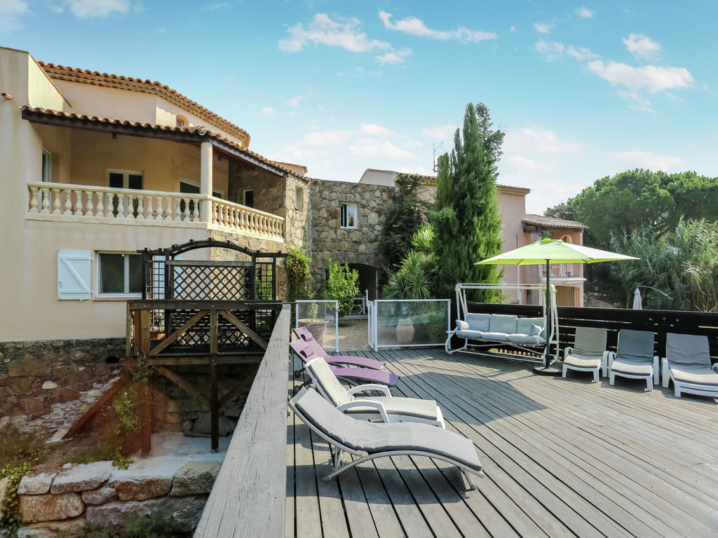 Ferienhaus Luxuriöse Ferienwohnung in Sainte-Maxime mit Whirlpool (1404750), Sainte Maxime, Côte d'Azur, Provence - Alpen - Côte d'Azur, Frankreich, Bild 16
