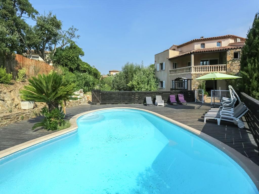 Ferienhaus Luxuriöse Ferienwohnung in Sainte-Maxime mit Whirlpool (1404750), Sainte Maxime, Côte d'Azur, Provence - Alpen - Côte d'Azur, Frankreich, Bild 30