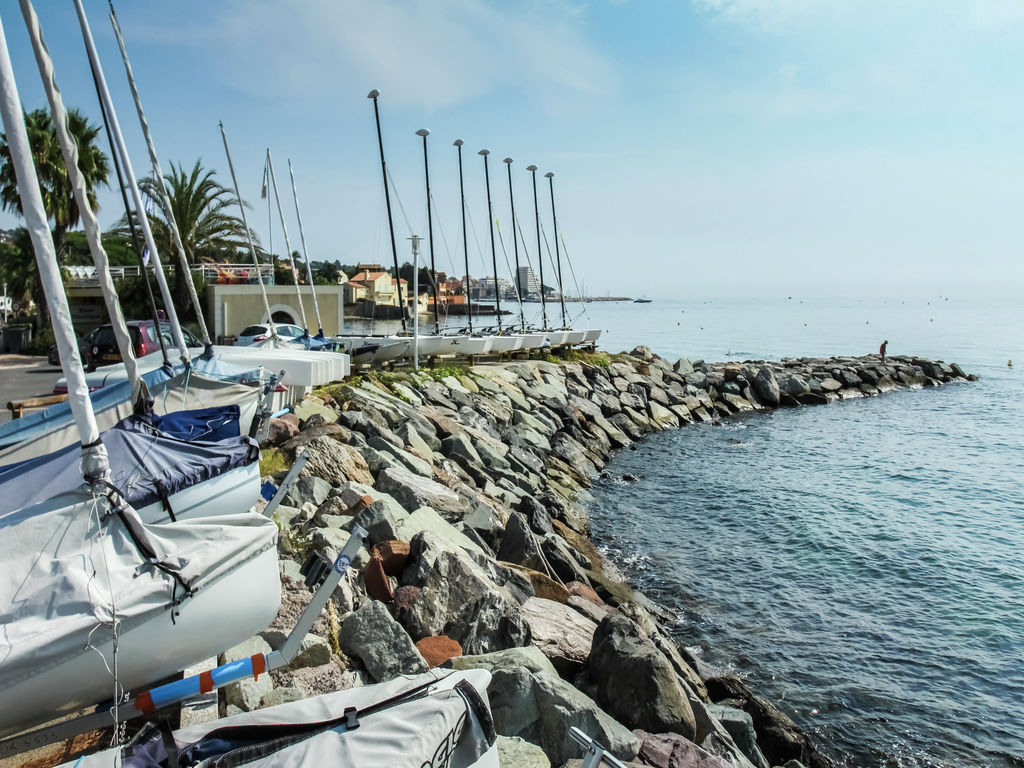 Ferienhaus Luxuriöse Ferienwohnung in Sainte-Maxime mit Whirlpool (1404750), Sainte Maxime, Côte d'Azur, Provence - Alpen - Côte d'Azur, Frankreich, Bild 22