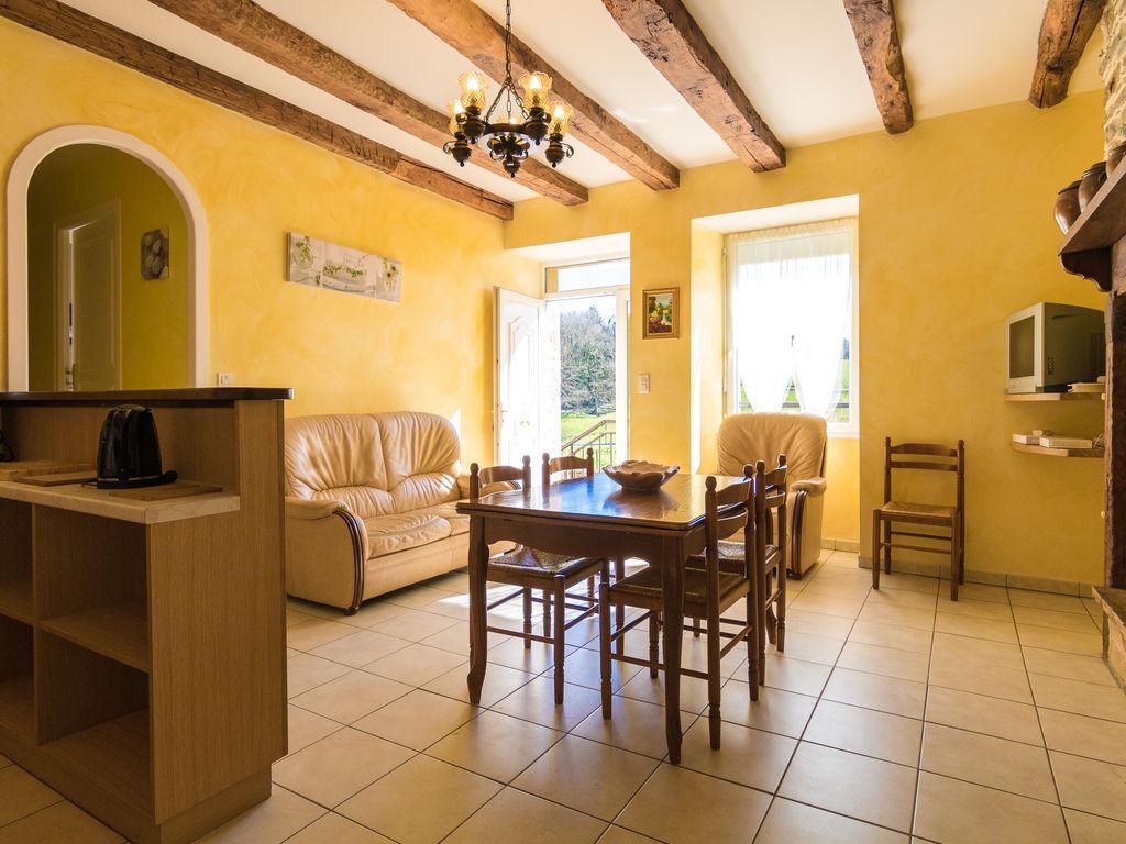 Holiday house Wunderschönes Ferienhaus in Waldnähe in Savignac-Ledrier (335008), Payzac, Dordogne-Périgord, Aquitania, France, picture 8