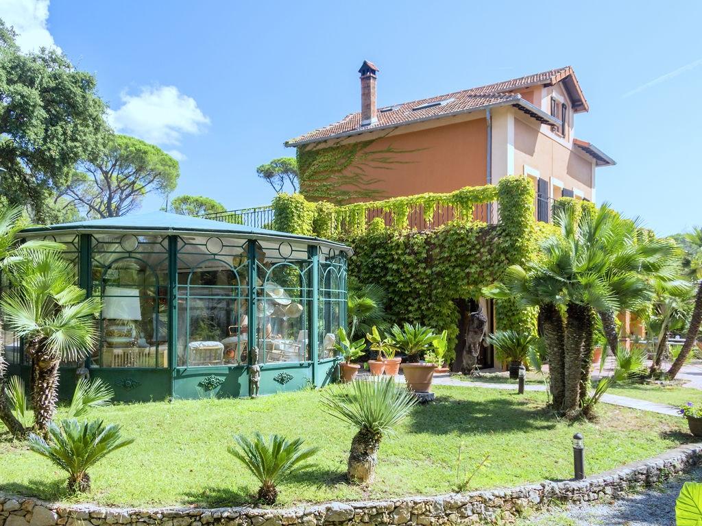 Holiday house Villa Les Parasols (1404894), Fréjus, Côte d'Azur, Provence - Alps - Côte d'Azur, France, picture 30