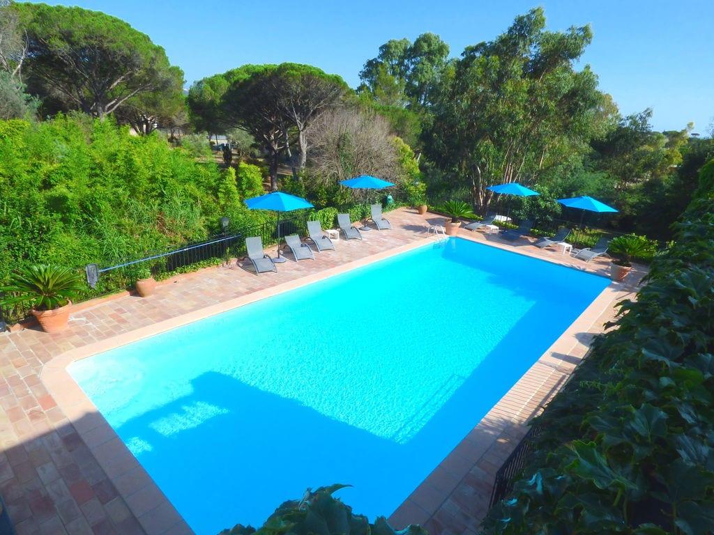 Holiday house Villa Les Parasols (1404894), Fréjus, Côte d'Azur, Provence - Alps - Côte d'Azur, France, picture 6