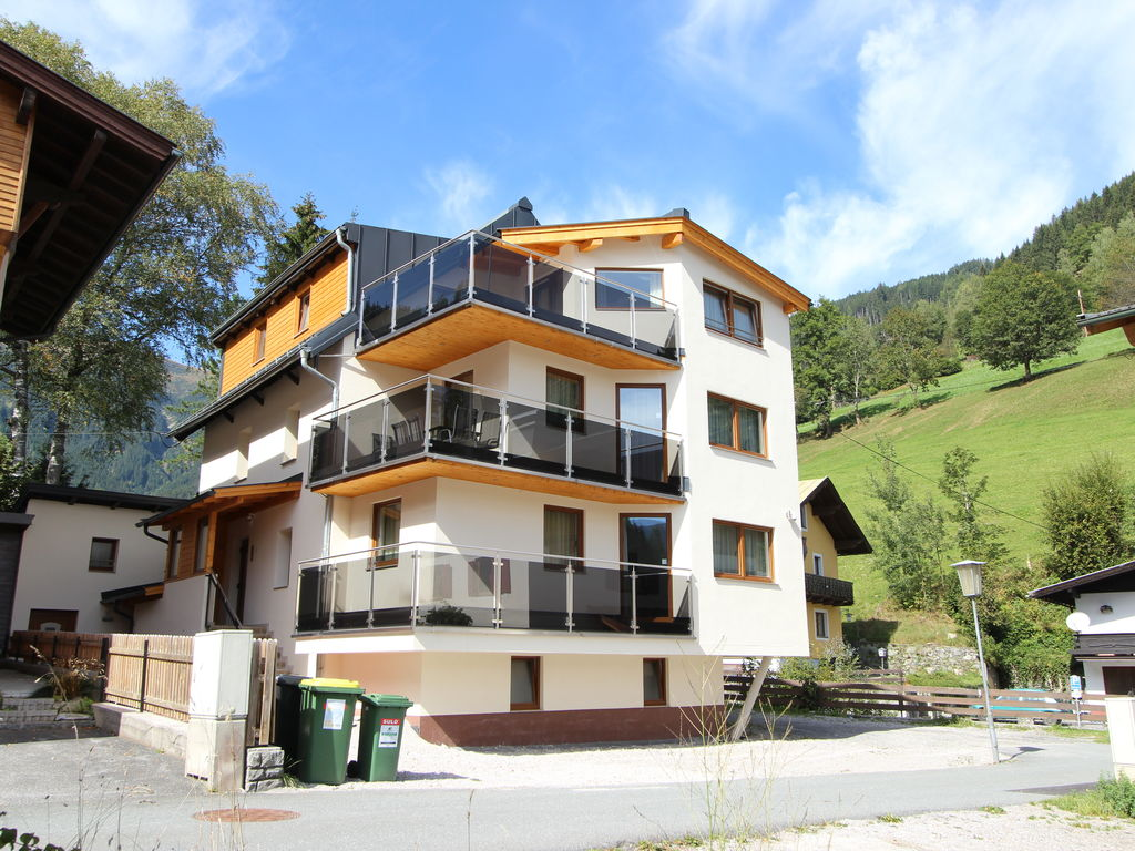 Appartement de vacances Luxuriöses Chalet mit Balkon in Zell Am See (1379275), Zell am See (Stadt), Pinzgau, Salzbourg, Autriche, image 1