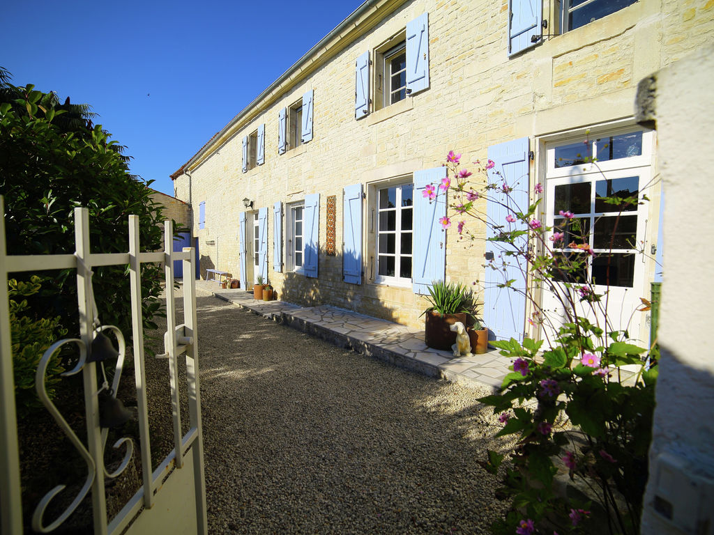 Ferienhaus Großzügiges Landhaus mit privatem Pool in Villiers-Couture (1410177), Néré, Atlantikküste Charente-Maritime, Poitou-Charentes, Frankreich, Bild 4