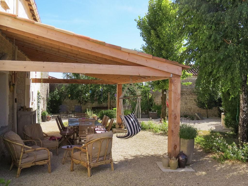 Ferienhaus Großzügiges Landhaus mit privatem Pool in Villiers-Couture (1410177), Néré, Atlantikküste Charente-Maritime, Poitou-Charentes, Frankreich, Bild 20