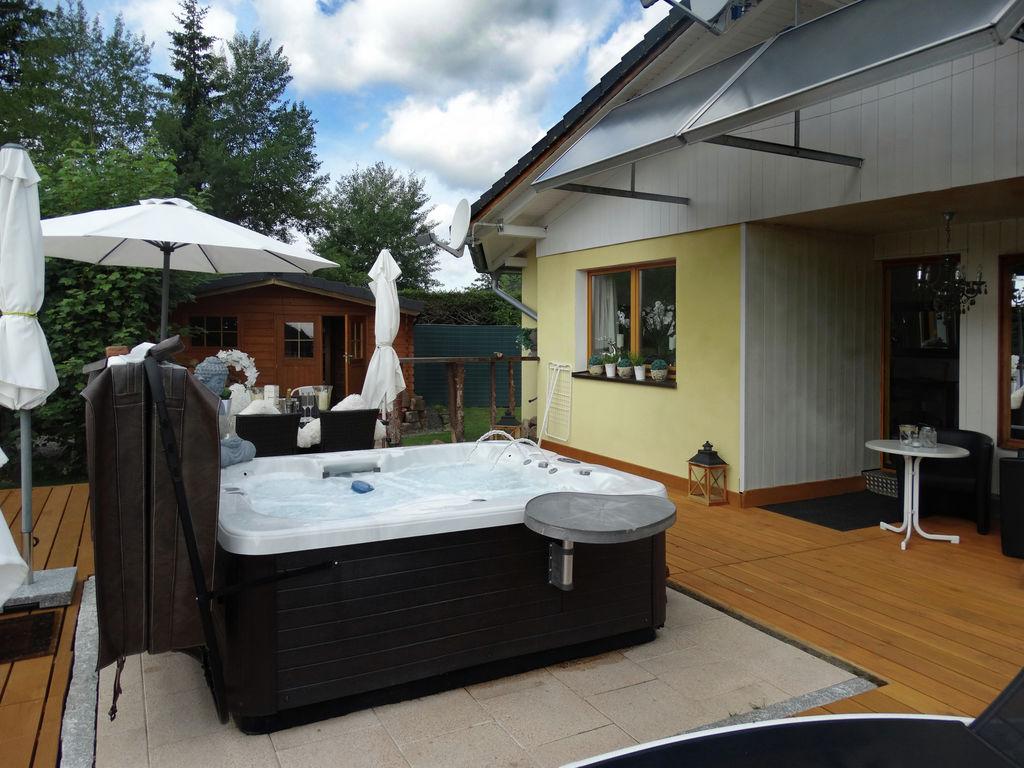Gemütliches Ferienhaus in Lenzkirch mit Whirl Ferienhaus in Deutschland