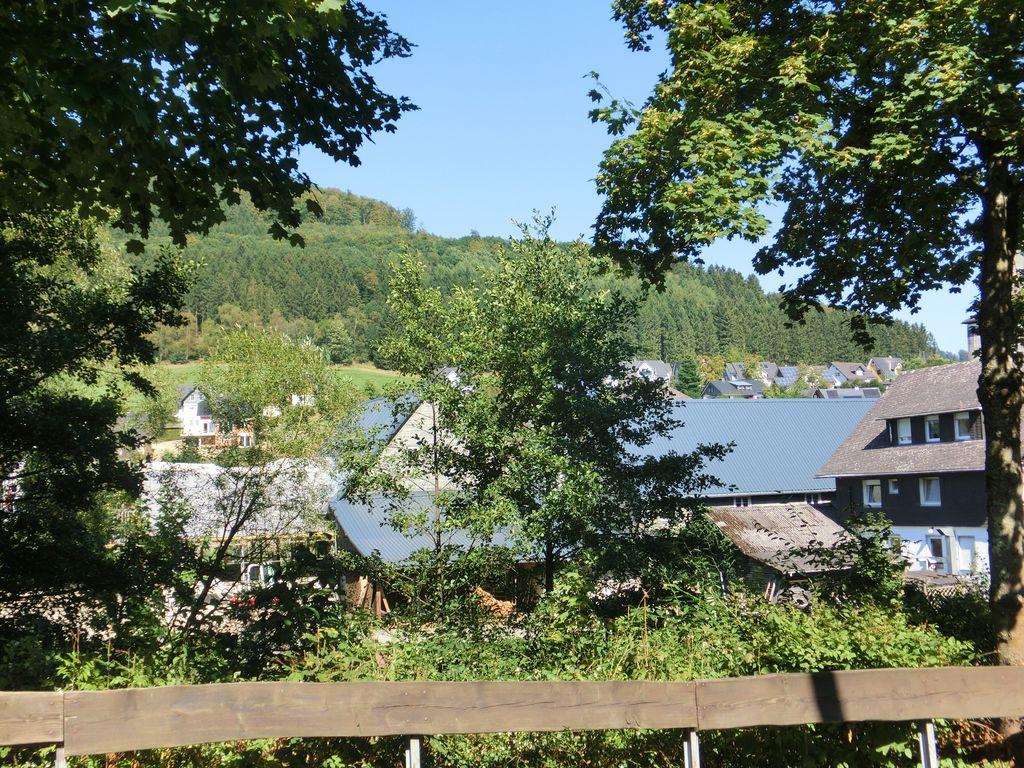 Geräumiges Ferienhaus in Schmallenberg mit ei Ferienhaus in Nordrhein Westfalen