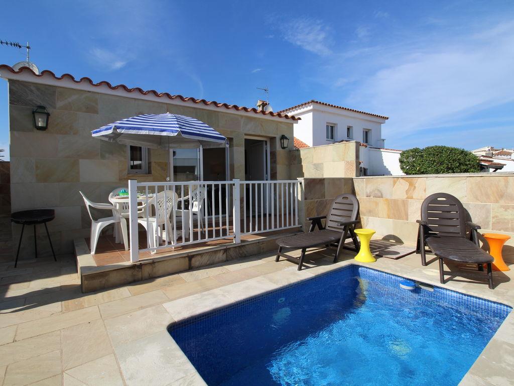 Ferienhaus Ruhiges Ferienhaus mit eigenem Swimmingpool in Empuriabrava (1580893), Empuriabrava, Costa Brava, Katalonien, Spanien, Bild 2