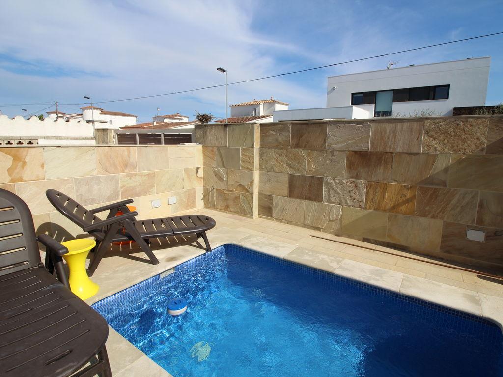 Ferienhaus Ruhiges Ferienhaus mit eigenem Swimmingpool in Empuriabrava (1580893), Empuriabrava, Costa Brava, Katalonien, Spanien, Bild 6