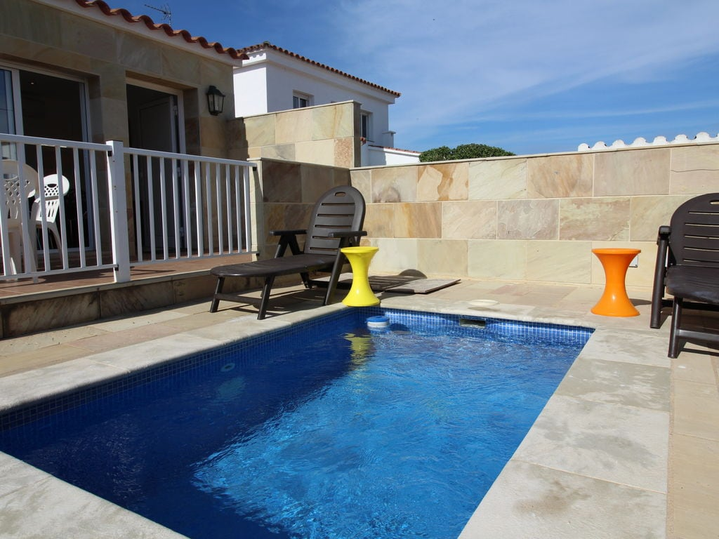 Ferienhaus Ruhiges Ferienhaus mit eigenem Swimmingpool in Empuriabrava (1580893), Empuriabrava, Costa Brava, Katalonien, Spanien, Bild 7
