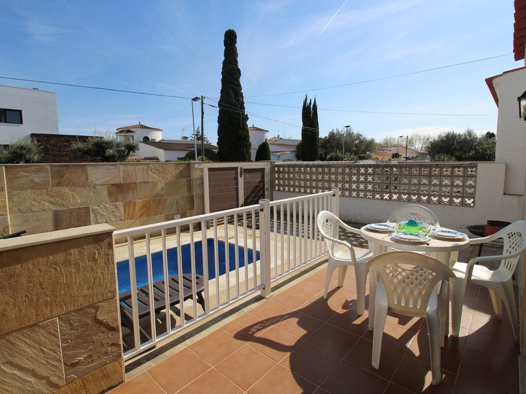 Ferienhaus Ruhiges Ferienhaus mit eigenem Swimmingpool in Empuriabrava (1580893), Empuriabrava, Costa Brava, Katalonien, Spanien, Bild 27
