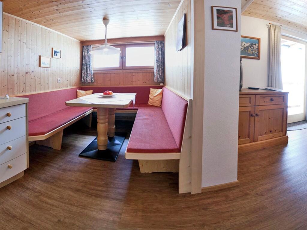 Ferienwohnung Gepflegte Wohnung in ruhiger Lage am Ortsrand von Matrei (1556480), Matrei in Osttirol, Osttirol, Tirol, Österreich, Bild 8