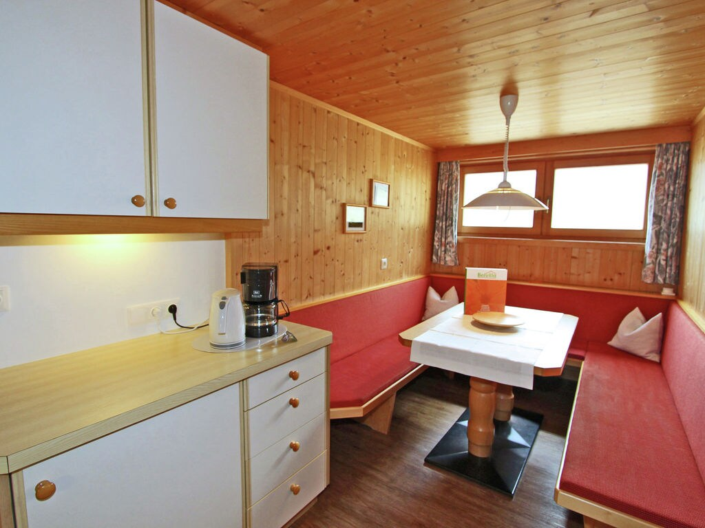 Ferienwohnung Gepflegte Wohnung in ruhiger Lage am Ortsrand von Matrei (1556480), Matrei in Osttirol, Osttirol, Tirol, Österreich, Bild 9