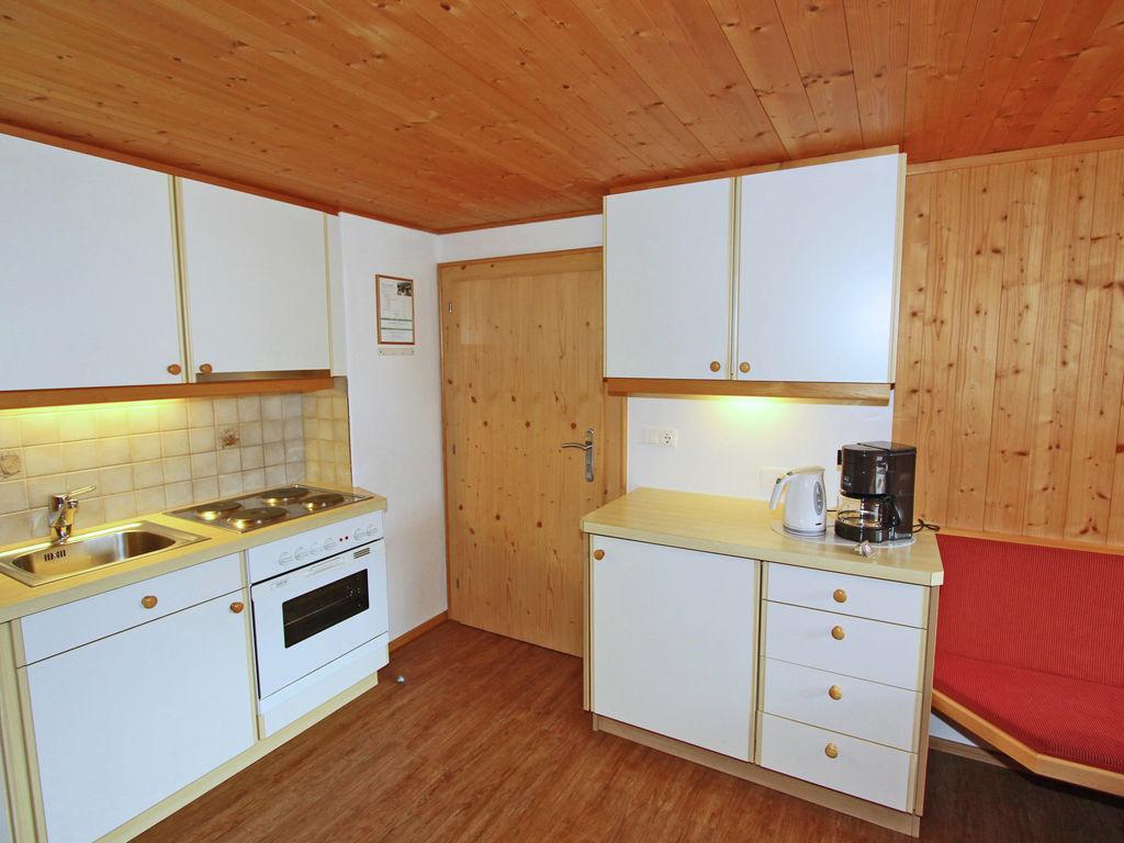 Ferienwohnung Gepflegte Wohnung in ruhiger Lage am Ortsrand von Matrei (1556480), Matrei in Osttirol, Osttirol, Tirol, Österreich, Bild 12