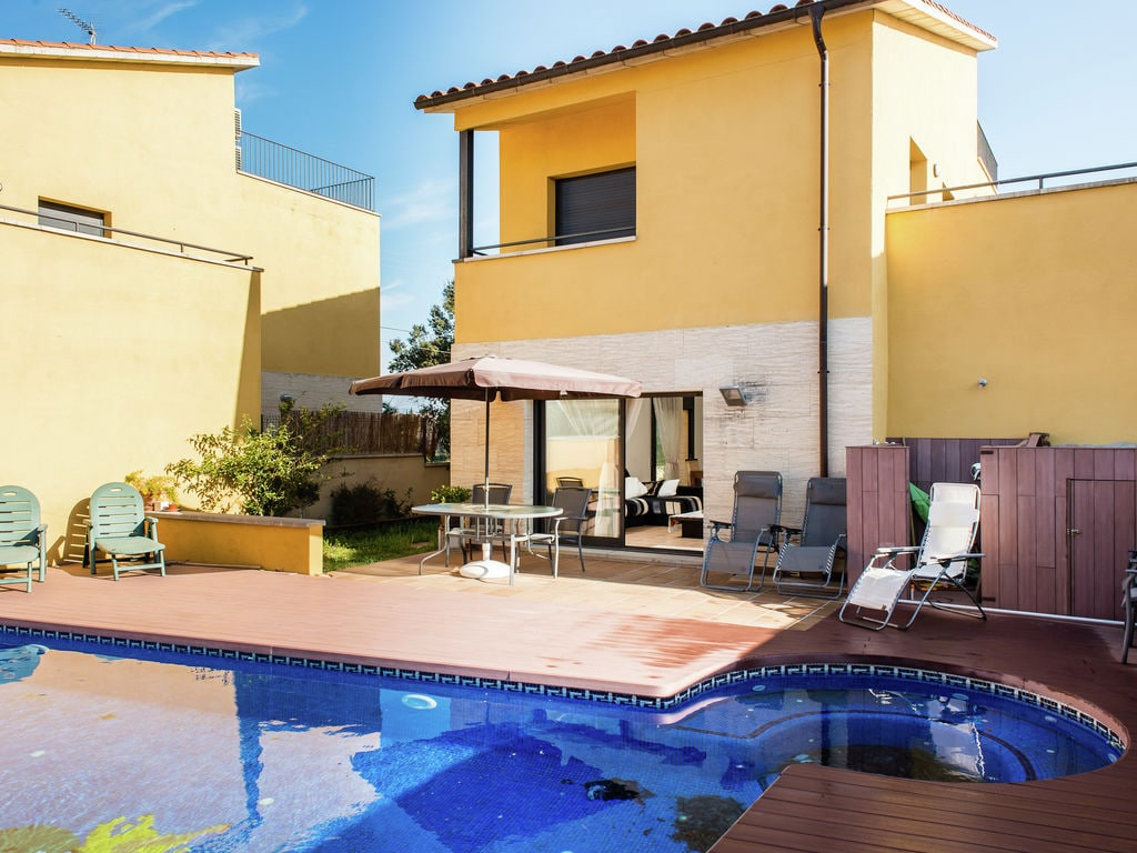 Ferienhaus Schickes Ferienhaus mit Swimmingpool in St. Pere Pescador (1574066), Sant Pere Pescador, Costa Brava, Katalonien, Spanien, Bild 7