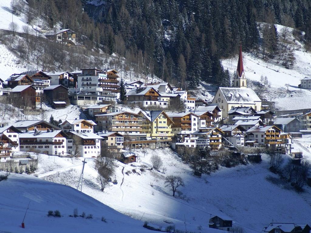 Ferienwohnung Schöne Ferienwohnung in Kappl Tirol mit Bergblick vom Balkon (1574080), Kappl, Paznaun - Ischgl, Tirol, Österreich, Bild 24