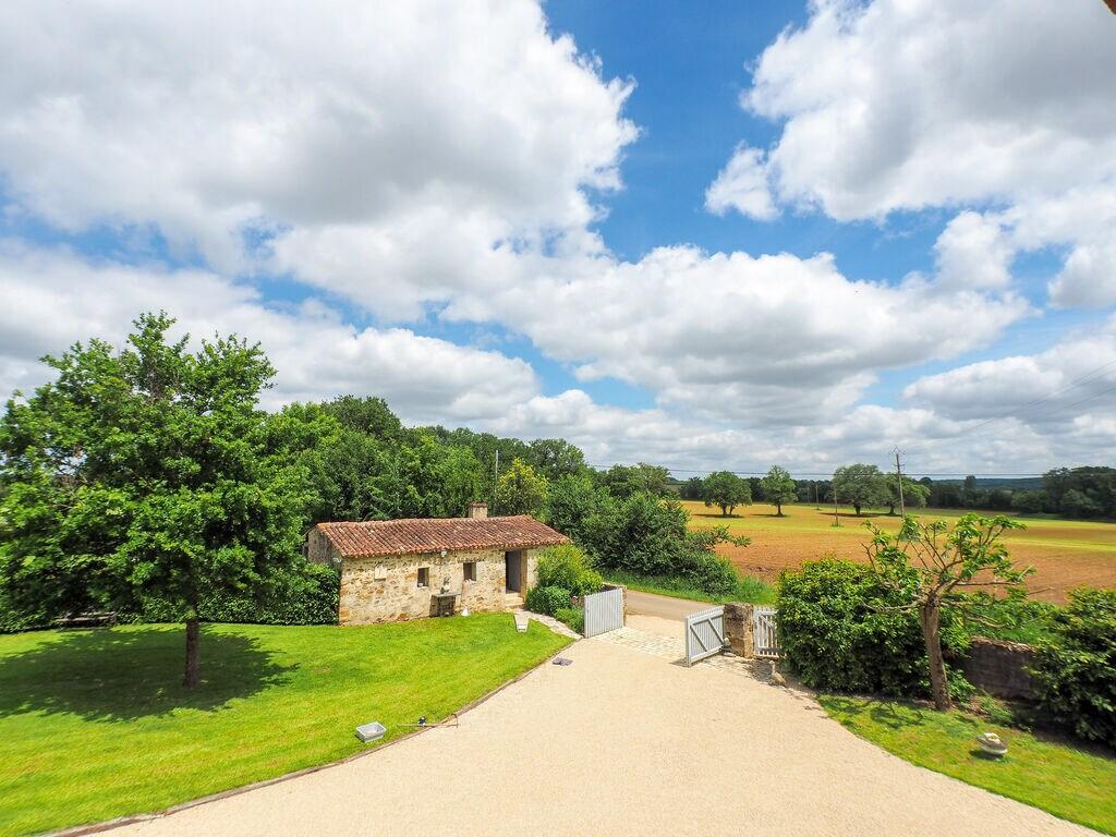 Ferienhaus Komfortables Ferienhaus mit privatem Pool in der Loire (1658563), La Caillère St Hilaire, Vendée Binnenland, Pays de la Loire, Frankreich, Bild 25