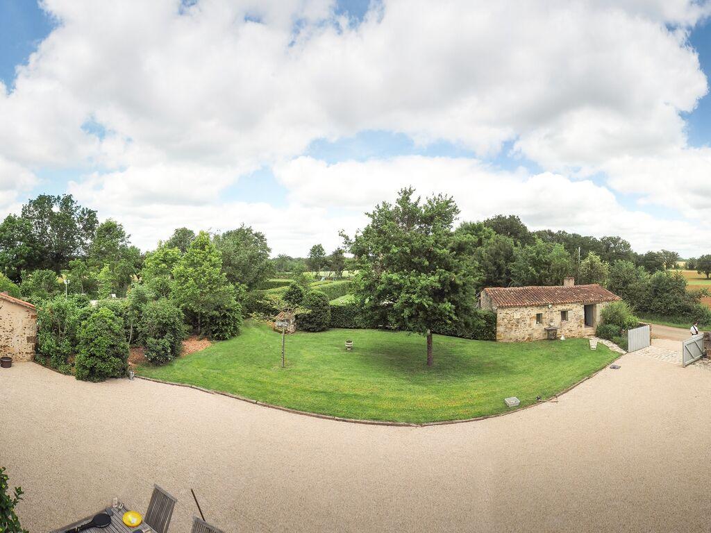 Ferienhaus Komfortables Ferienhaus mit privatem Pool in der Loire (1658563), La Caillère St Hilaire, Vendée Binnenland, Pays de la Loire, Frankreich, Bild 6