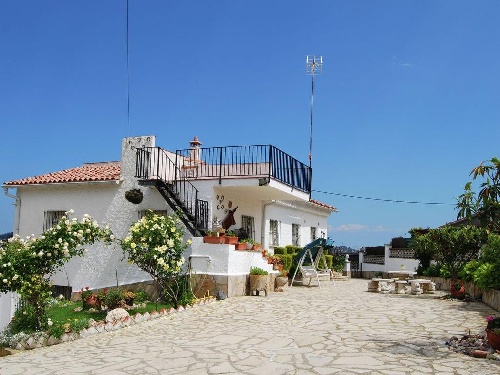 Ferienhaus Ruhige Villa mit Swimmingpool in Lloret de Mar (1657253), Lloret de Mar, Costa Brava, Katalonien, Spanien, Bild 21