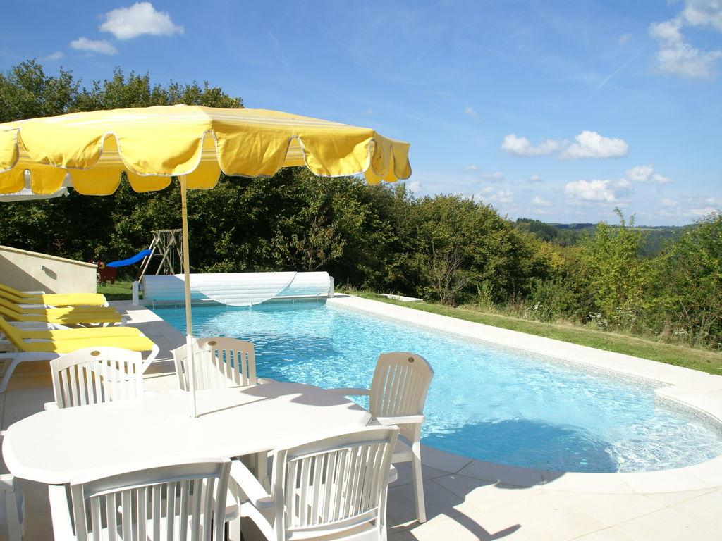 Ferienhaus Geräumiges Ferienhaus mit Pool in Sussac Frankreich (1657912), Châteauneuf la Forêt, Haute-Vienne, Limousin, Frankreich, Bild 9