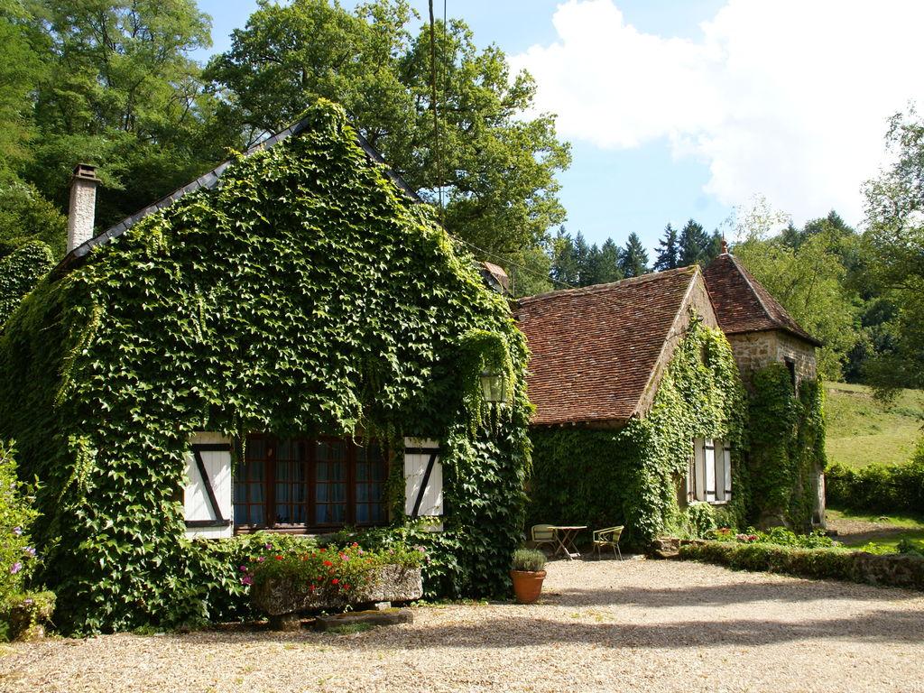 Ferienhaus Gemütliches Ferienhaus mit Privatpool im Burgund, Frankreich (1657813), Saint Honoré les Bains, Nièvre, Burgund, Frankreich, Bild 2