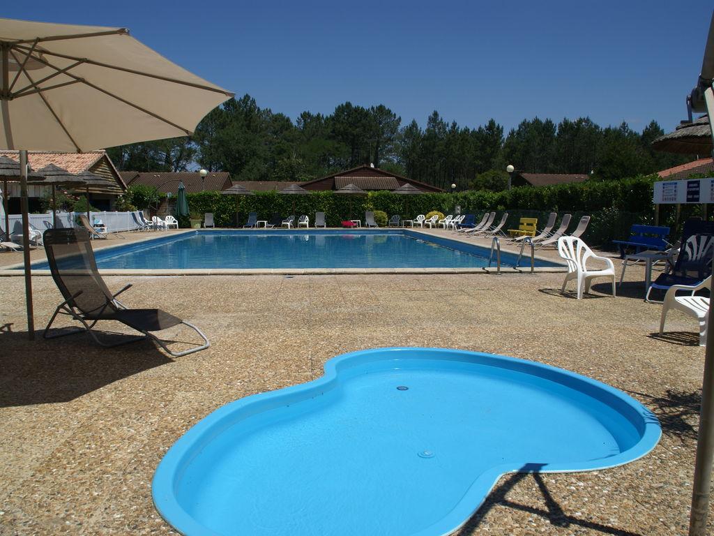 Maison de vacances Gemütlicher Bungalow mit Terrasse, nur 5 km vom See entfernt (1760915), Lit et Mixe, Côte atlantique Landes, Aquitaine, France, image 8