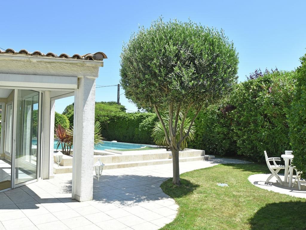Ferienhaus Gemütliche Villa in Narbonne mit eigenem Pool und Whirlpool (1657720), Narbonne, Mittelmeerküste Aude, Languedoc-Roussillon, Frankreich, Bild 22