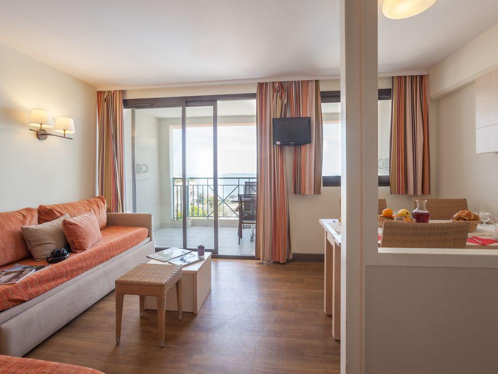 Holiday apartment Apartment am Boulevard der Stadt Cannes (1833837), Cannes la Bocca, Côte d'Azur, Provence - Alps - Côte d'Azur, France, picture 8