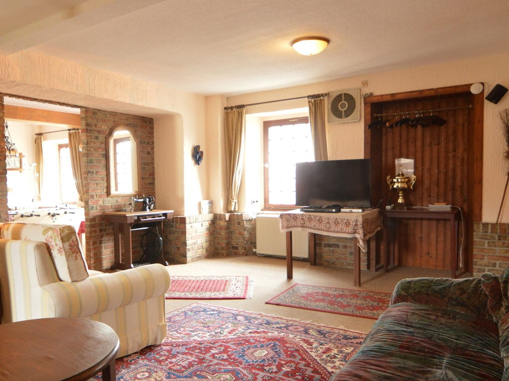 Komfortables Ferienhaus in Schleiden mit Grill Ferienhaus in Nordrhein Westfalen
