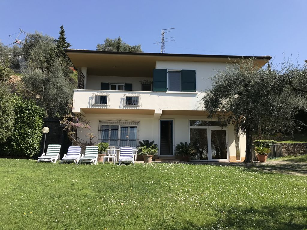 Villa Vista Lago Ferienhaus  Torri del Benaco