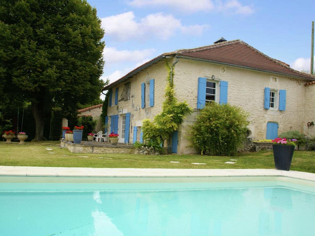 Maison de vacances Maison de vacances Lusignac gastverblijf (1664712), Lusignac, Dordogne-Périgord, Aquitaine, France, image 1