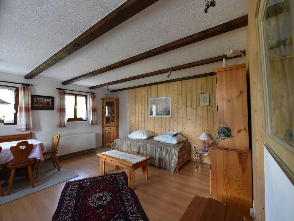Ferienwohnung Gemütliche Ferienwohnung in Obersaxen mit Terrasse (1668634), Obersaxen (alle), Surselva, Graubünden, Schweiz, Bild 2