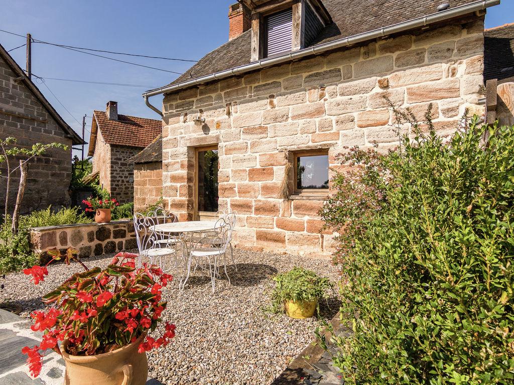 Ferienhaus Geräumiges Cottage in Saint-Bonnet-la-Rivière mit Grill (1680608), Objat, Corrèze, Limousin, Frankreich, Bild 15