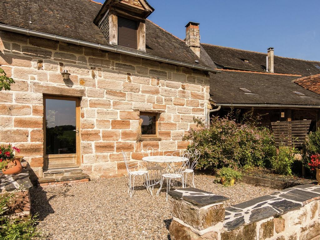 Ferienhaus Geräumiges Cottage in Saint-Bonnet-la-Rivière mit Grill (1680608), Objat, Corrèze, Limousin, Frankreich, Bild 6