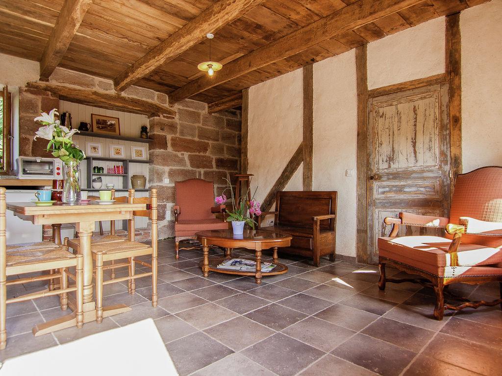 Ferienhaus Geräumiges Cottage in Saint-Bonnet-la-Rivière mit Grill (1680608), Objat, Corrèze, Limousin, Frankreich, Bild 10