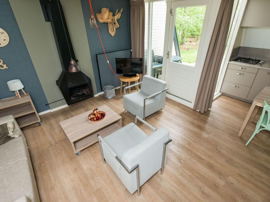 Ferienhaus Neu gestalteter Bungalow mit Geschirrspüler in der Veluwe (2361560), Woeste hoeve, Veluwe, Gelderland, Niederlande, Bild 5