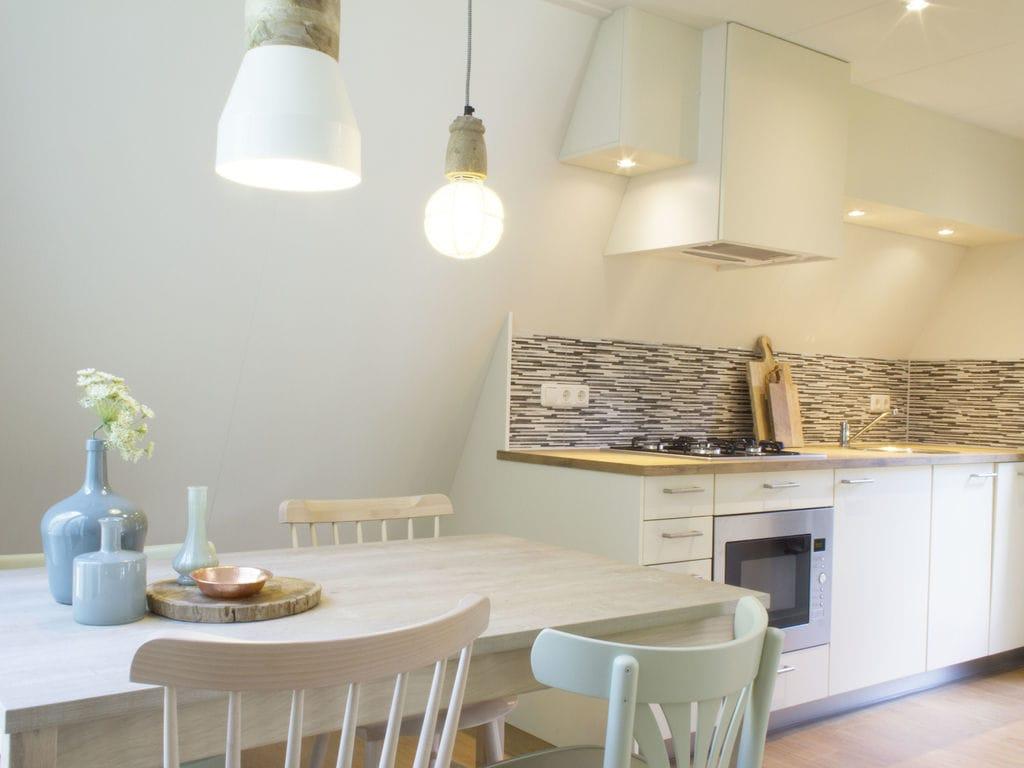 Ferienhaus Neu gestalteter Bungalow mit Geschirrspüler in der Veluwe (2361560), Woeste hoeve, Veluwe, Gelderland, Niederlande, Bild 15